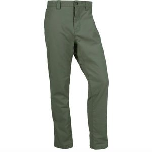 NWOT Mountain Khaki Classic Fit Pant, Green 14R